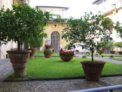 courtyard medici palace
